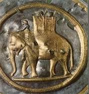ΠΟΛΕΜΙΚΟΣ ΕΛΕΦΑΝΤΑΣ. Ο Αλέξανδρος χρησιμοποίησε πολεμικούς ελέφαντες στην εκστρατεία του στην Ασία.